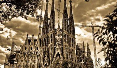 La Sagrada Familia di Barcellona: orari, acquisto e prenotazione di biglietti online