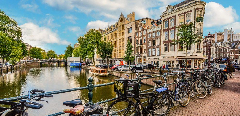 Amsterdam: cosa vedere e mangiare, dove dormire. Guida completa