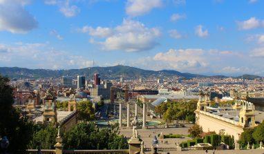 Barcellona: cosa vedere e mangiare, dove dormire. Guida completa